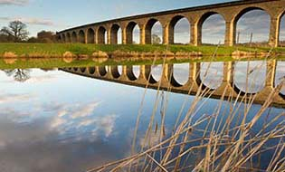 Arthington viaduct thumbnail