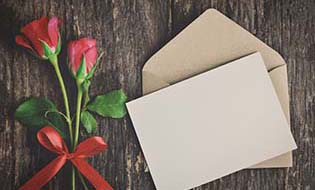 Letter and roses thumbnail